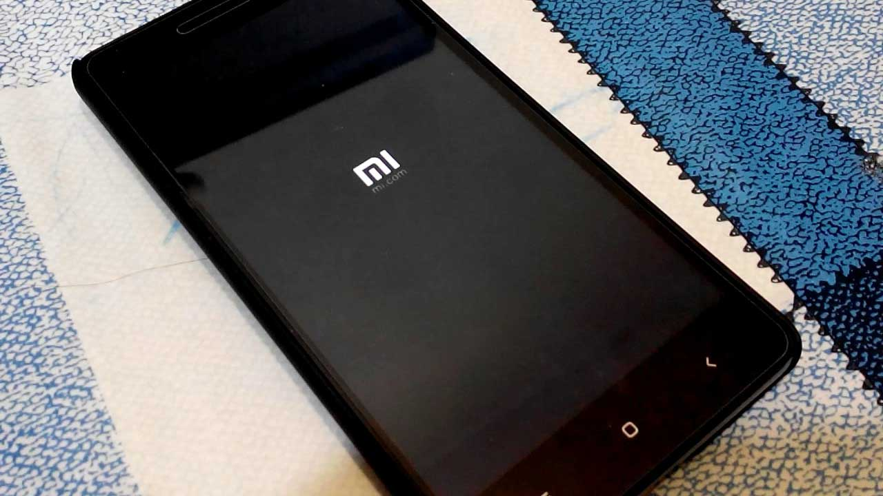 Xiaomi зависает при включении