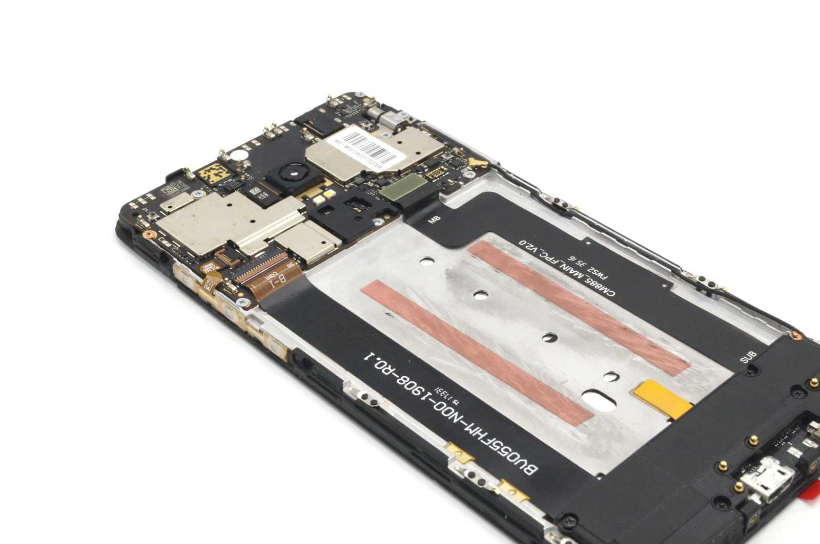 Установка аккумулятора на Xiaomi Redmi Note 4