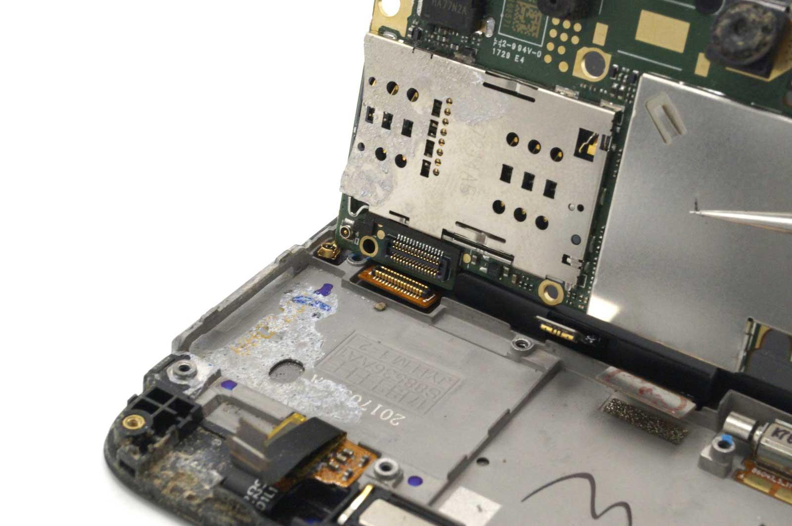 Снятие платы Xiaomi Redmi 4X