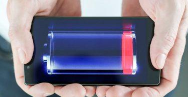 Батарея смартфона разряжается